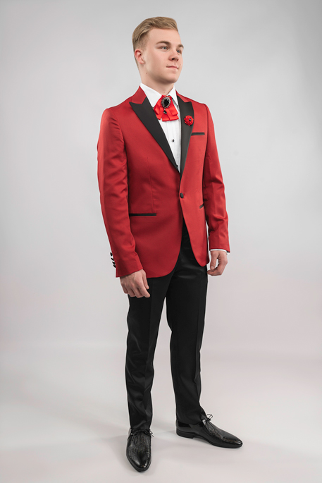 red-tux